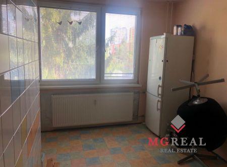 Na predaj 2 izbový byt v Partizánskom.