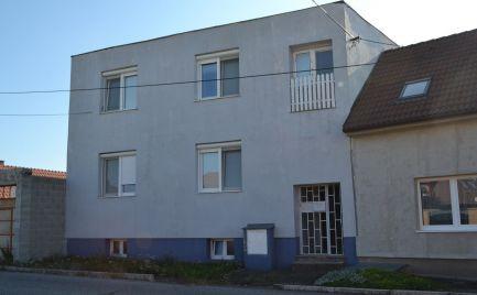 HOLÍČ na predaj rodinný dom s pozemkom 773 m2