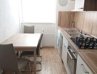 Zvolen, centru mesta – zrekonštruovaný 2-izbový byt, 58 m2 – prenájom