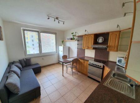1 izbový byt  Topoľčany / PRENAJOM
