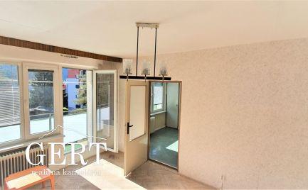 REZERVOVANÉ - Liptovský Hrádok-slnečný 2-izb.byt s dvoma balkónmi