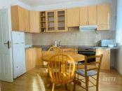 Prenájom - veľký 4-izbový byt v Starom Meste s garážovým státím, 2x lodžia
