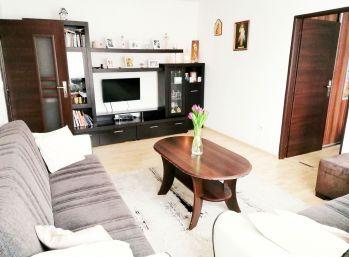 ELIMARK - PREDAJ, 3 izb byt 70 m2 s BALKÓNOM v centre Banskej Štiavnice