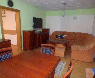 Na prenájom komerčný priestor 25 m2 Prievidza sídlisko Čierne Mesto 70060