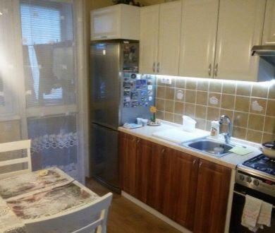 Ponúkame na predaj veľký 3 izbový byt v Dubnici nad Váhom.