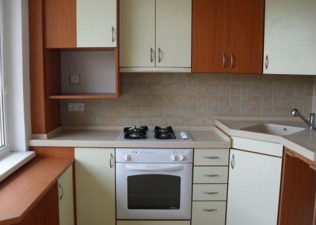 2-izb.byt s 3 loggiami Banská Bystrica-Fončorda prenájom
