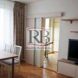 3-izbový byt s 2 balkónmi v obľúbenej zelenej ružinovskej lokalite Štrkovec na ul. Komárnická
