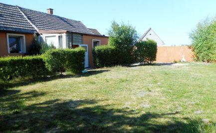 Predaj trojizbový rodinný dom so sedlovou strechou v Kútoch, okr. Senica