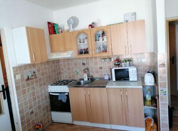1 izbový byt Poltár