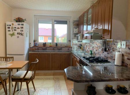 2 izbový byt  s balkonom Tovarníky / VYPLATENA ZALOHA
