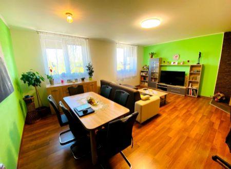 Exkluzívne APEX reality veľký 2i. tehlový byt po komplet. rekonštrukcii v Leopoldove, 70 m2, vlastné kúrenie, Prechodné