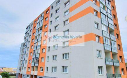 Slnečný 3 izb. byt s loggiou vo vynikajúcej lokalite na DD pri lese, 2 pivnice + možnosť dokúpiť aj garážové státie! 75 m2