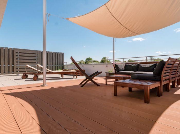 DUNAJSKÁ LUŽNÁ, 2-i byt, 132 m2 - slnečný, OBROVSKÁ STREŠNÁ TERASA, parkovacie miesto, PIVNICA