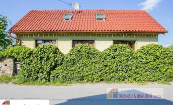 EXKLUZÍVNE na predaj rodinný dom nachádzajúci sa v obci Ladce.