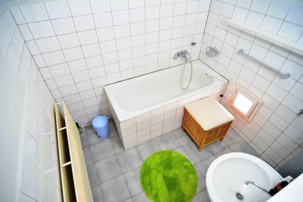 PREDANÉ rodinný dom Štrba, 2 samostatné bytové jednotky s rozlohou 100 m2 - 11