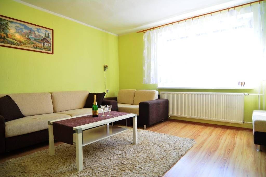PREDANÉ rodinný dom Štrba, 2 samostatné bytové jednotky s rozlohou 100 m2 - 18
