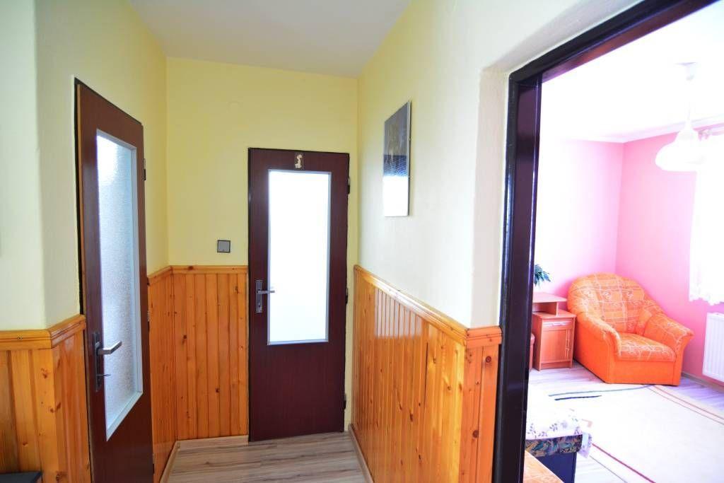 PREDANÉ rodinný dom Štrba, 2 samostatné bytové jednotky s rozlohou 100 m2 - 23