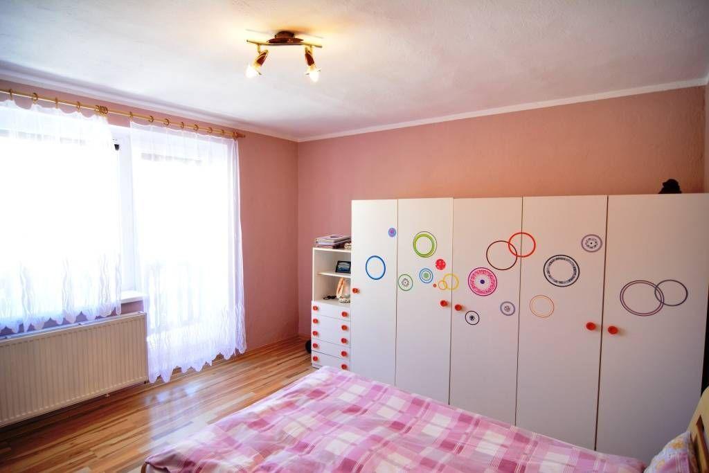 PREDANÉ rodinný dom Štrba, 2 samostatné bytové jednotky s rozlohou 100 m2 - 25
