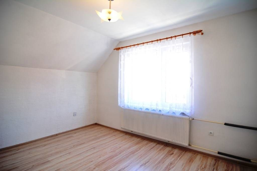 PREDANÉ rodinný dom Štrba, 2 samostatné bytové jednotky s rozlohou 100 m2 - 7