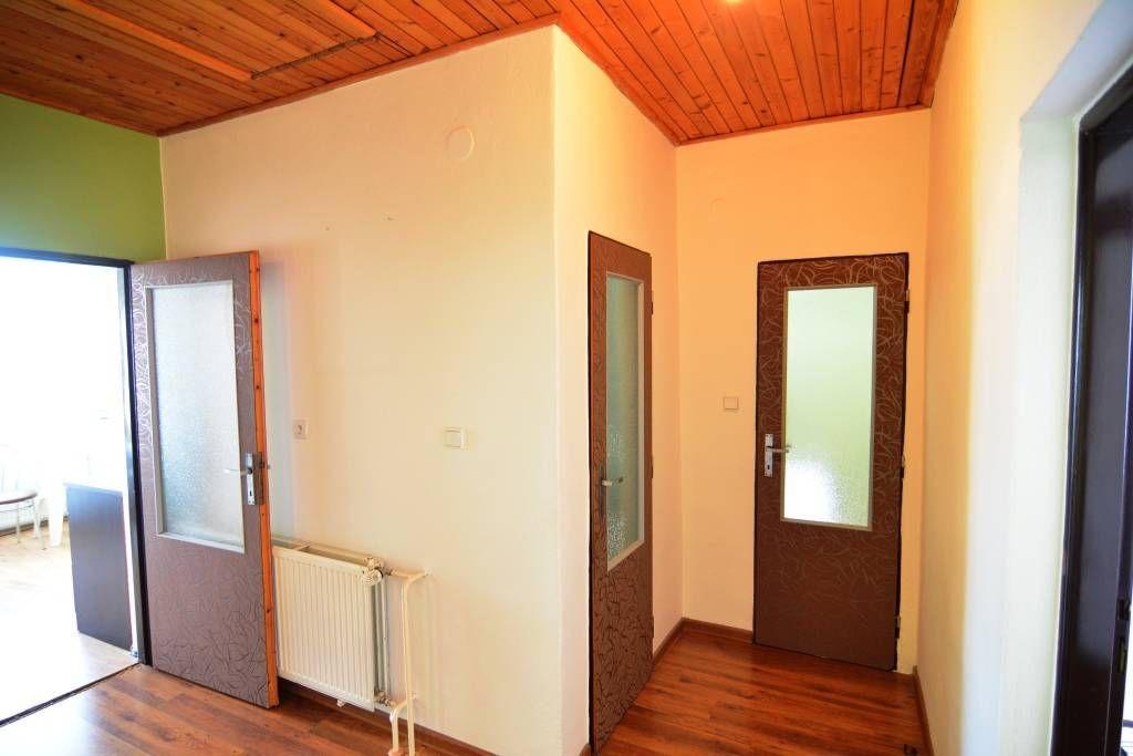 PREDANÉ rodinný dom Štrba, 2 samostatné bytové jednotky s rozlohou 100 m2 - 9