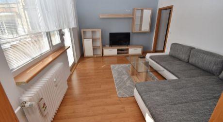 Na prenájom zariadený 3 izbový byt+park.miesto, 74 m2, Trenčín, ul. Šafárikova