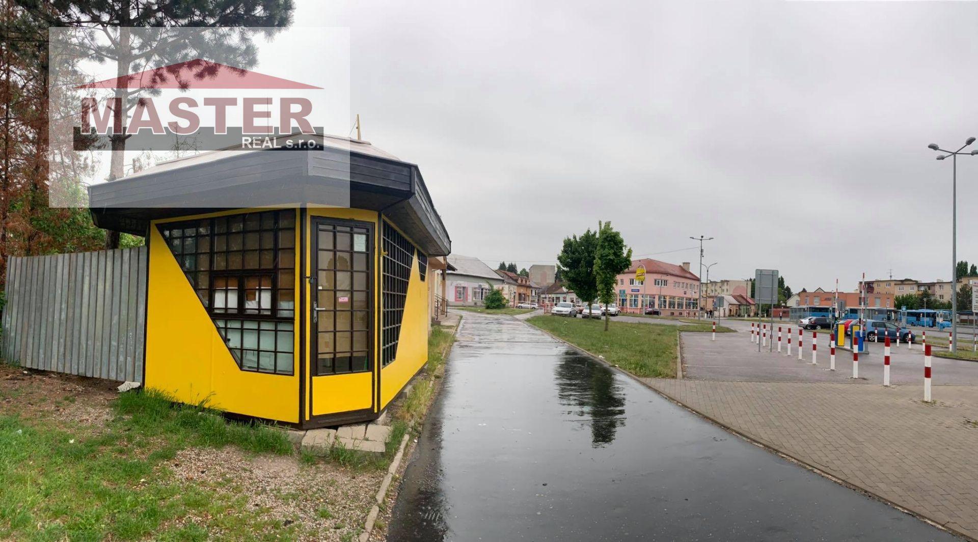 Polyfunkčný objekt-Predaj-Bánovce nad Bebravou-4500.00 €