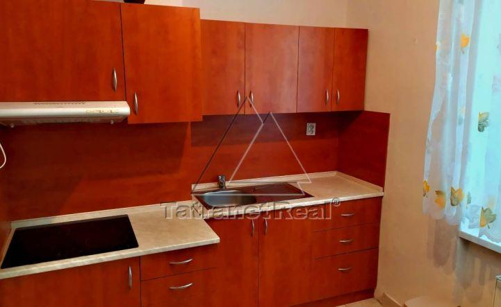 PREDANÝ 1 izbový byt v centre.