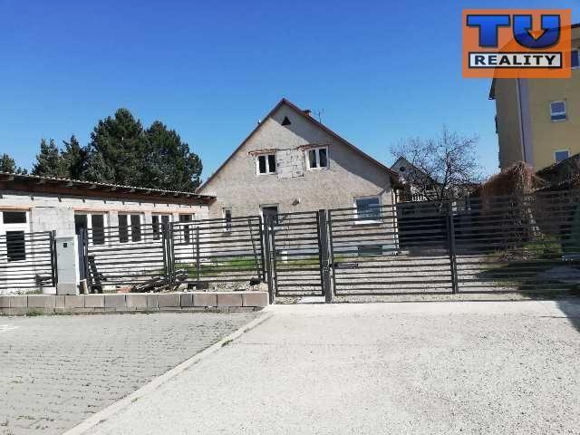 Výrobný objekt-Predaj-Ilava-215000.00 €