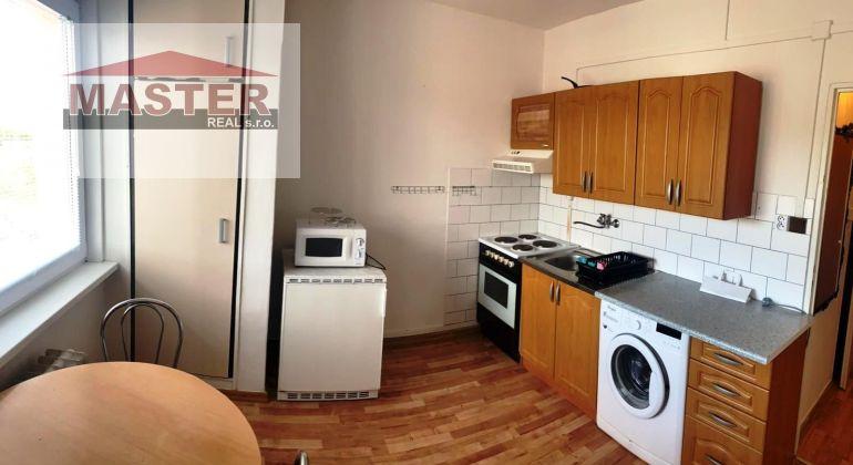 Na prenájom 1i byt v Bánovciach n/B-centrum ul. A.Hlinku
