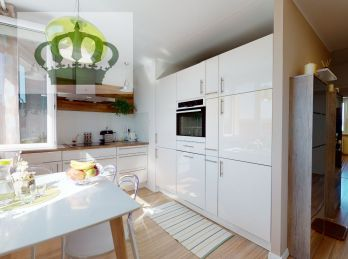 PREDANÉ - 3D VIDEO - Na predaj 3 izbový byt kompletne zariadený Prešov / Sekčov - Šoltésovej