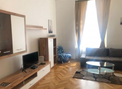ART Real Estate ponúka na prenájom štýlový 2-izbový byt na Leškovej_Bratislava – Staré Mesto