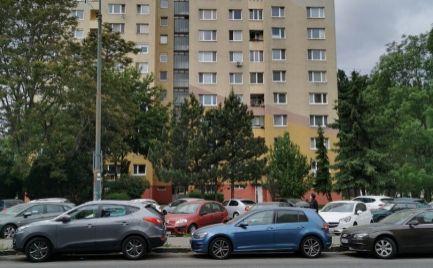 PRENÁJOM 3 IZBOVÝ BYT ZARIADENÝ BRATISLAVA PETRŽALKA ROMANOVA ulica