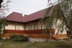 Ponúkam na predaj chalupu - rodnný dom v obci Domadice. Dom stojí na krásnom, rovinatom pozemku s rozlohou