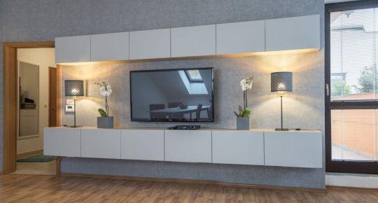 Na predaj zariadený 2i byt s balkónom,72m2, garáž, Mikulášska, BA I