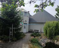 Rezervovaný/DIAMOND HOME s.r.o. -Alžbeta Horváthová ponúka Vám na predaj atipický 5 izbový rodinný dom v obci Moravské Kračany, len 35 km od Bratislavy