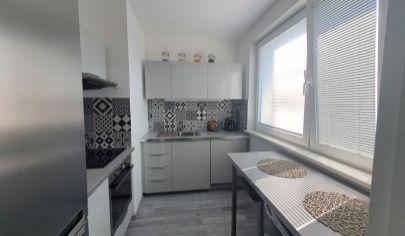 Nádherný komplet rekonštruovaný 1,5 izb. byt v tichej lokalite BA Kramáre - Klenova ul.