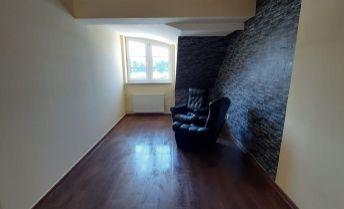 EXKLUZIVNE!..prenájom 2. izbového bytu v centre mesta Nitra