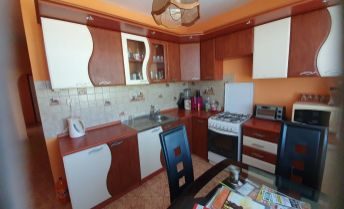 Krásny 2 izbový, kompletne zariadený byt v Topoľčanoch v blízkosti kúpaliska a nákupných centier!