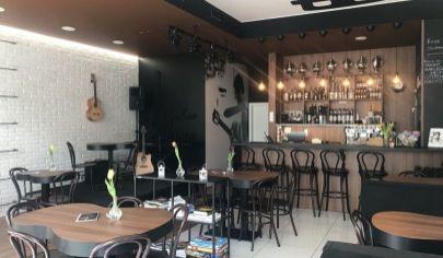 Prenájom/odstúpenie - Exkluzívna kaviareň - bar 80m2 v Starom meste. TOP PONUKA!