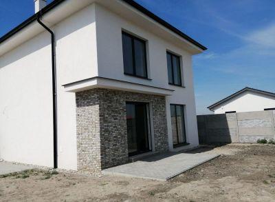 Kvalitný 5-izbový rodinný dom s parádnym priestorom-Sása