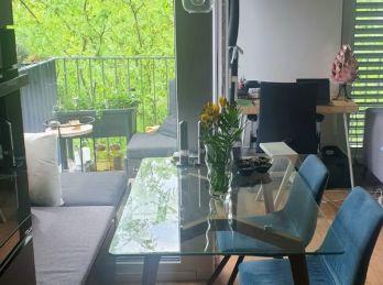 BA II. Ružinov - 3 izbový byt vo výbornej lokalite obklopený zeleňou