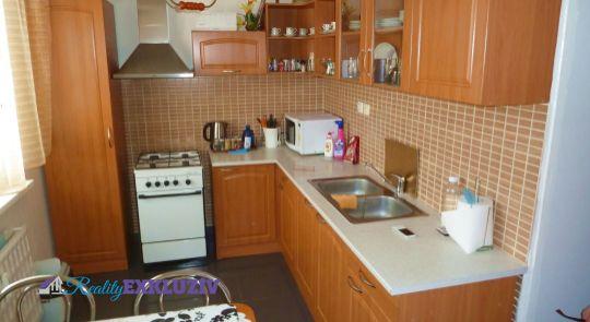 3 izbový byt na predaj, Lučenec - Adyho ulica