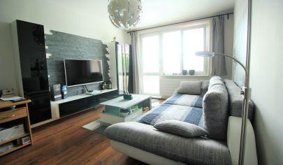 Predaj - štýlový, priestranný  3 izbový byt v centre Malaciek