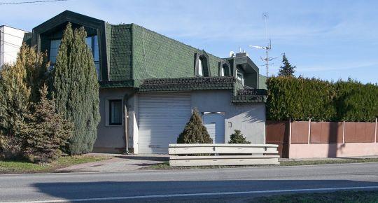 REZERVOVANE_Predaj 8izb RD úžitk.330m2, pozemok 1429m2 v centre Matúškova