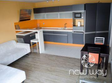 Na predaj- Krásny slnečný 3 izbový byt na Majoránovej - Vrakuňa + parkovacie miesto -175000 eur