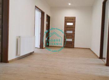 Ponúkame na predaj krásny kompletne zrekonštruovaný 4 izbový byt v Nových Zámkoch
