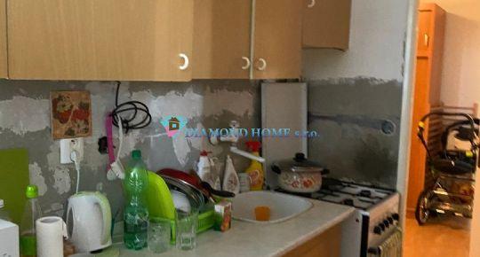 Pekný Veľkometrážný  3 izbový byt v centre mesta Dunajská Streda