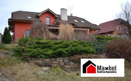 HOLÍČ na predaj veľký rodinný dom na pozemku 1067 m2