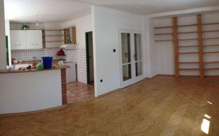 Predaj 3 izbového bytu v centre Senice