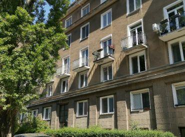 Šikovný 2 izbový byt po zánovnej rekonštrukcii – Tabaková ul. -   širšie  centrum
